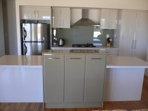 A&T Cabinet Makers - Kitchens
