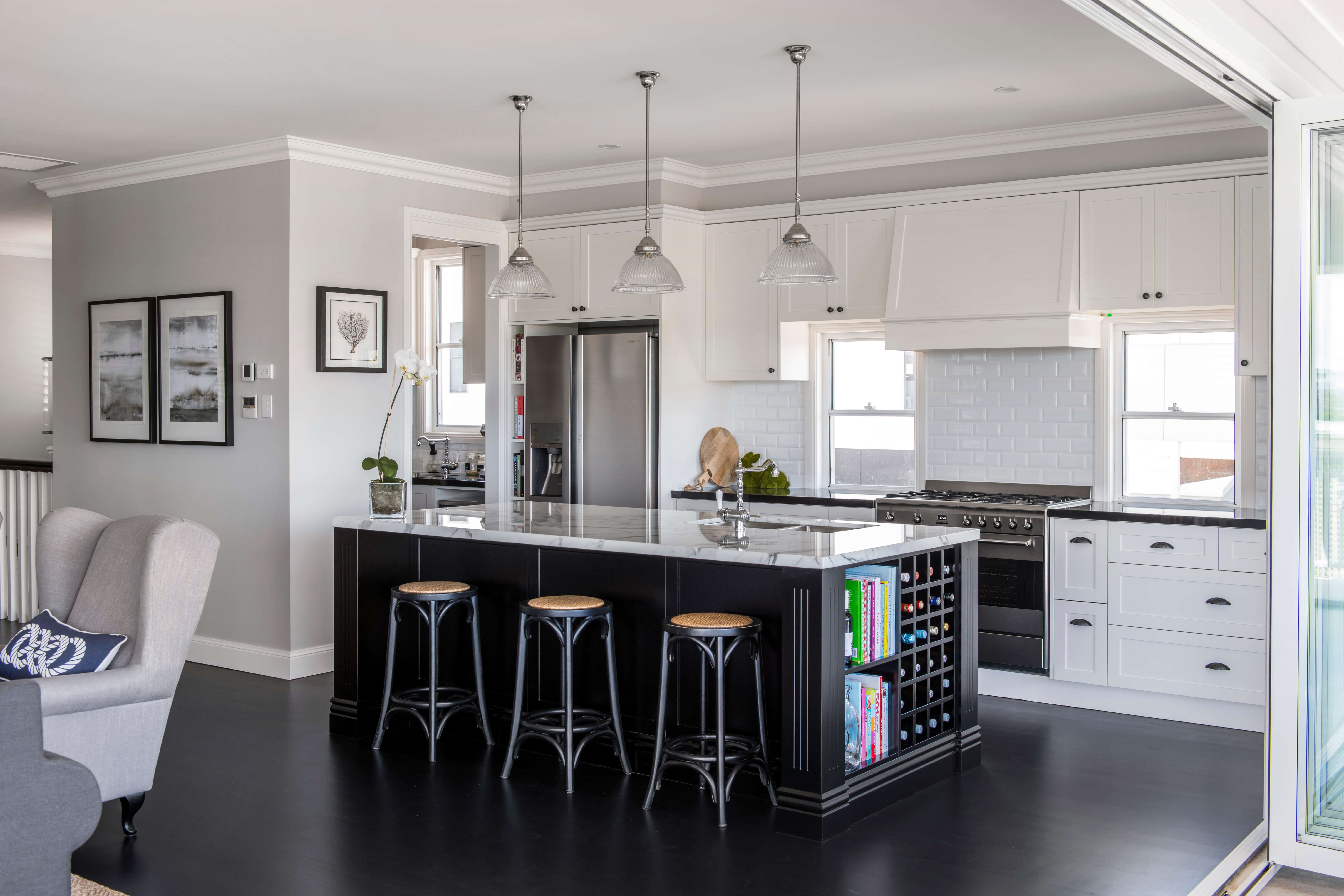 3 Ways To Make A Small Kitchen Look Bigger A T Cabinet Makers