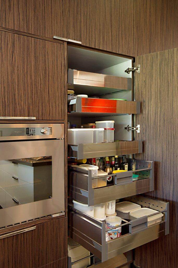 kitchen cabinet must haves 4 must kitchen cabinet features a amp t cabinet makers 5606